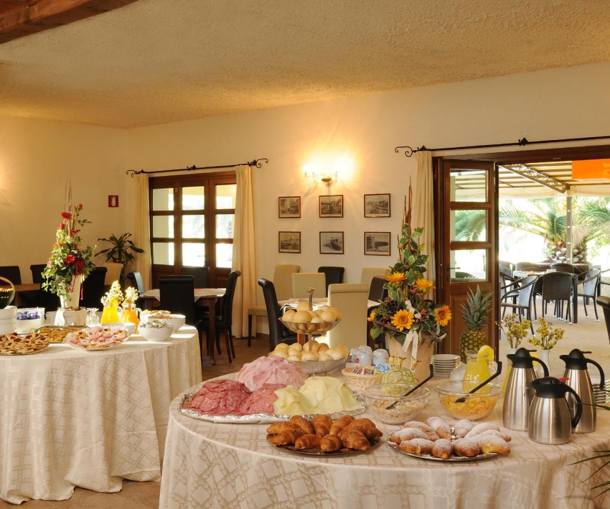 06-Alghero_Resort_Country_Il-Ristorante-01