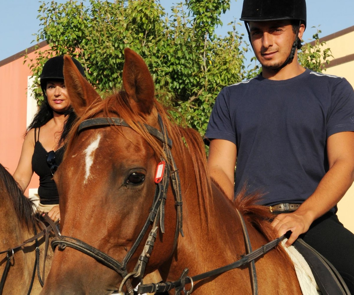 Alghero_Resort_Country_Hotel-Horse-Riding-01